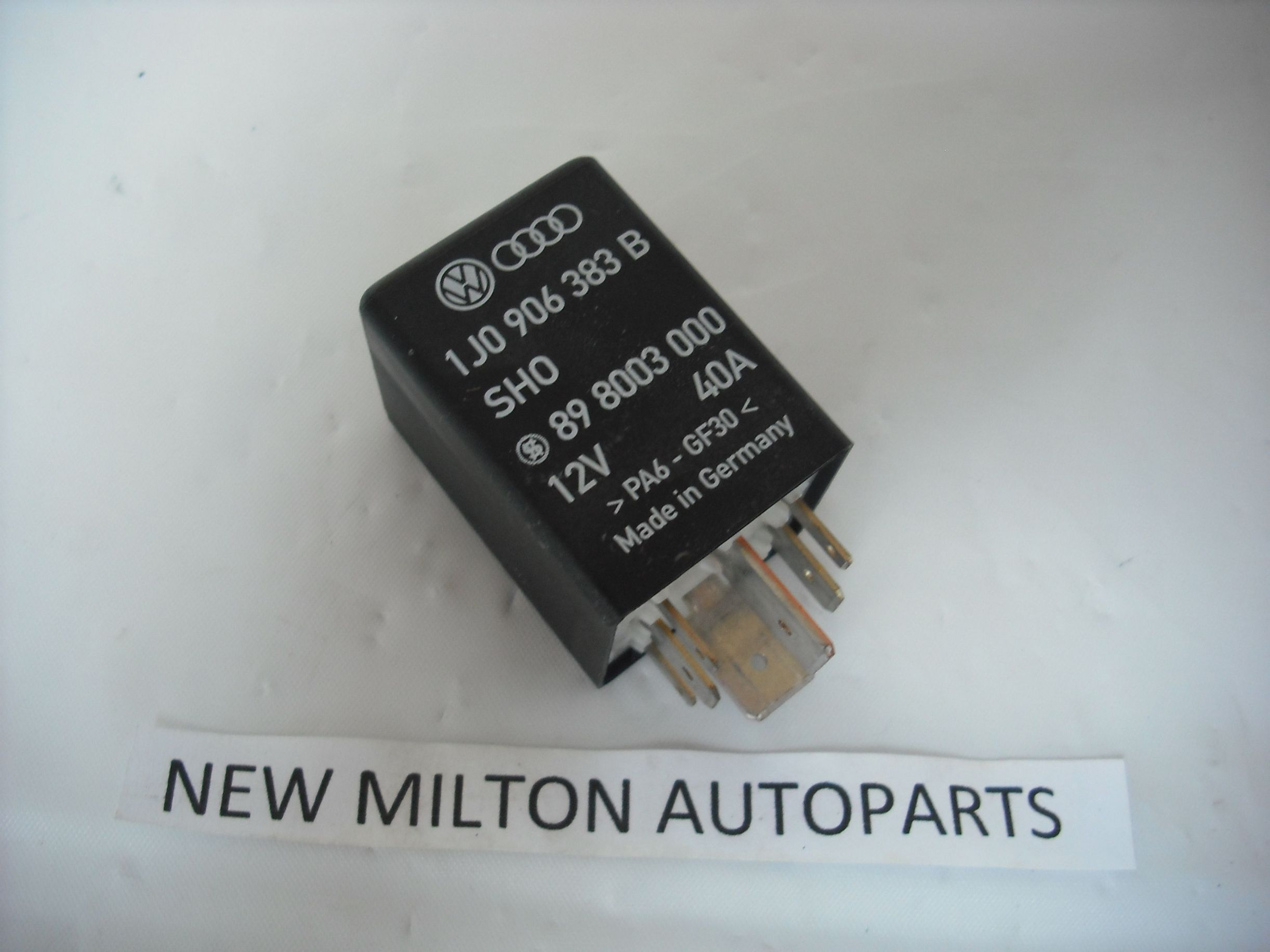 seat leon mk1 fuel pump relay 409 1j0 906 383 b